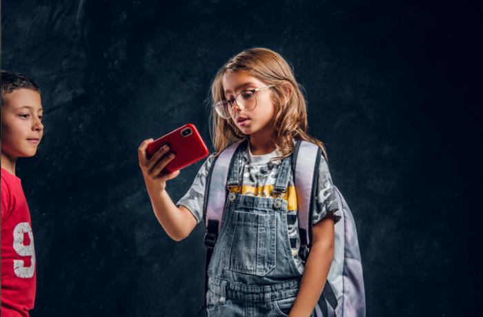 Mojedziecko korzysta zmediów społecznościowych. Jak je chronić?