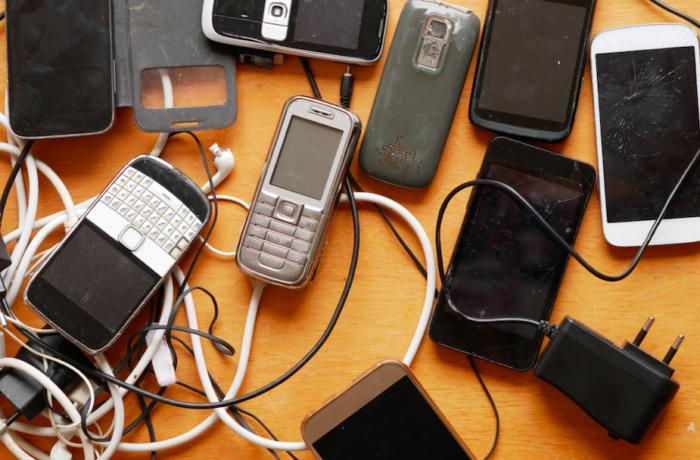 Zepsuty = naśmietnik – czyli jak bezpiecznie pozbyć się starej elektroniki